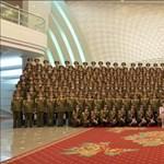 """""""Bulifotókat"""" küldött a világnak Észak-Korea diktátora"""