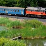 Itt a hivatalos nyári menetrend - lényegesen jobb lesz a Balatonra vonatozni