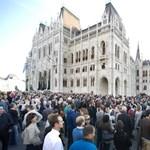 Figyelő: A Fideszben bekattant, hogy az Origo beperelte a kormányt