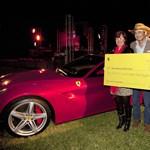 Ferrari: másfélmillió dollár a Sandy-hurrikán áldozatainak