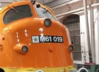 Lángolt egy vonat a Déli pályaudvaron