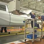 Munkaidőkerettel és kollektív szabadsággal oldják meg, hogy a kecskeméti Mercedes-gyárban mindenki kapjon fizetést