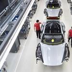 Munkába álltak az autógyárak dolgozói, és majdnem a februári szintre visszahozták a magyar ipart