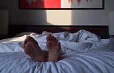 Nem biztos, hogy az a legegészségesebb, ha egybefüggően alszunk 8 órát