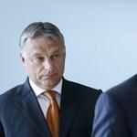 Juncker most nem Orbánt pofozta, csak az alelnökét simogatta - fotók