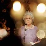 Mr. Bean és Adéle is kitüntetést kapott II. Erzsébet születésnapján