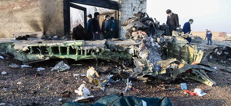 Az ukránok szerint nem terrortámadás miatt zuhant le a repülőjük Iránban