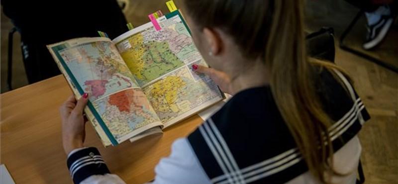 Koronavírus az iskolákban, rekordszámok az idei őszi érettségin