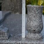 Újra eladta a sírköves a temetőkből lopott vázákat