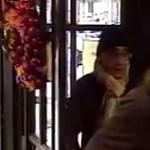 Videó: Így zsebelhetik ki pillanatok alatt egy Andrássy úti kávézóban – keresik az elkövetőket