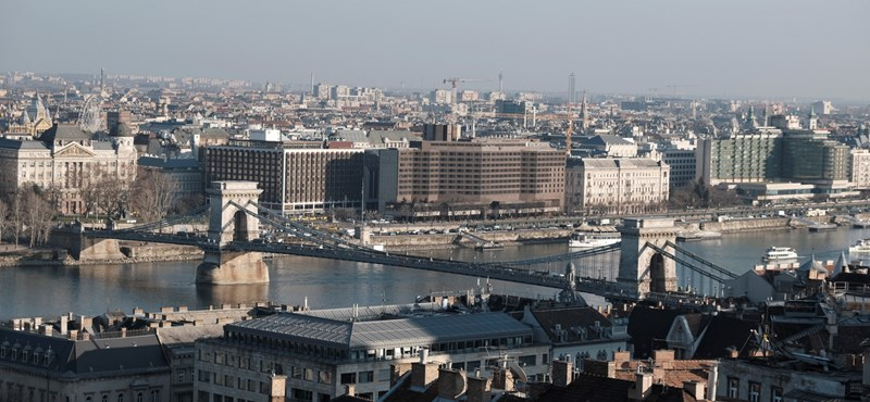 Novemberben újra összeomlott a magyar turizmus