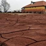 Iszapkatasztrófa: elkezdődött a devecseri emlékpark tavainak kialakítása