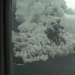 Videó jött a cunamit okozó vulkánkitörésről