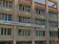 Hétfőig kell dönteniük a Honvédkórház dolgozóinak, vállalják-e a honvédelmi státuszt