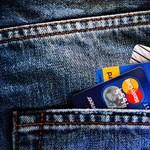 Ellopták a bankkártyáját és sokallja a pótlásáért kért pénzt? Változások jönnek