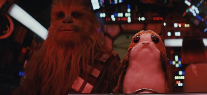 Amerikában bemutatták az új Star Warst, a rajongók pedig rajonganak