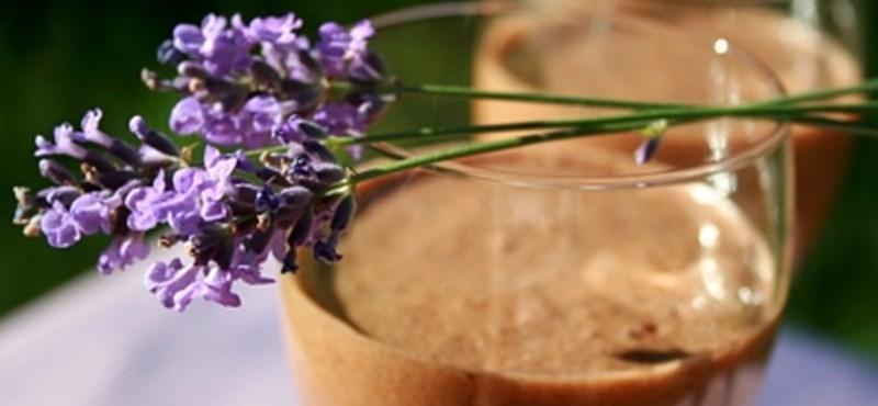 A hét receptje: levendulás tejcsokoládé mousse
