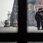 Bár egyre súlyosabb az orosz járványhelyzet, a dezinformációra még jut erő
