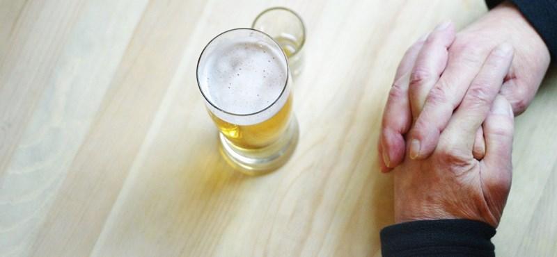 A foci-vb és a meleg miatt iszunk egyre több sört