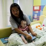 Pedofíliáért ítélték el a Down-kóros fiút béranyjánál hagyó apát