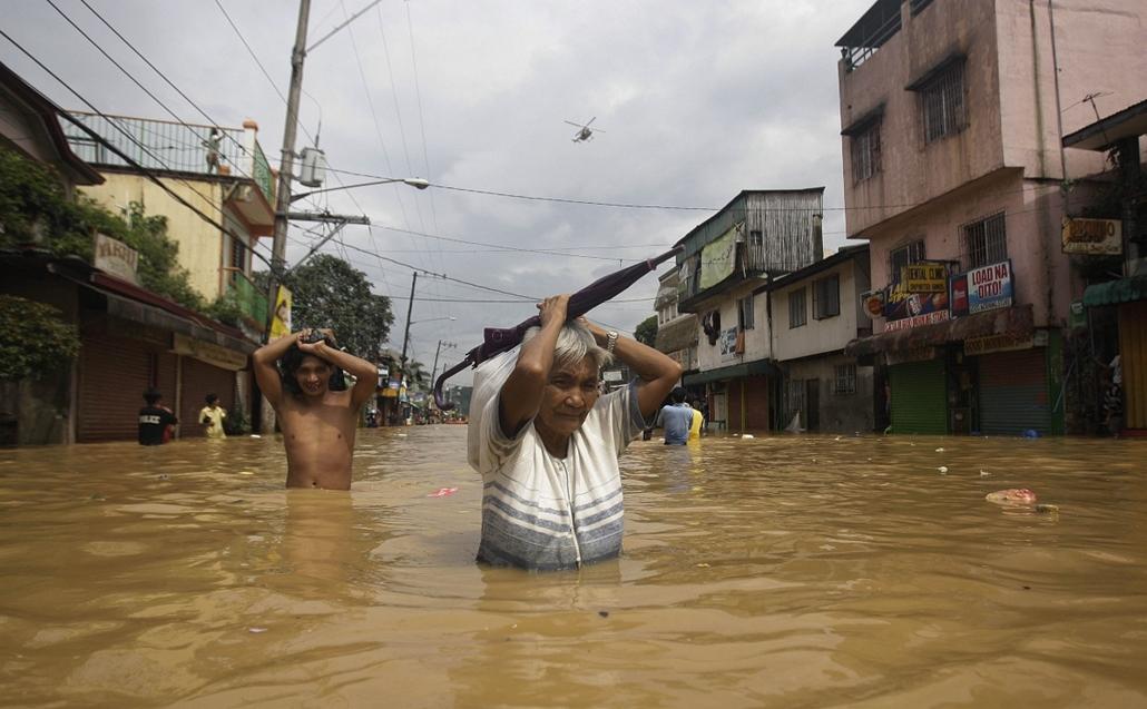 Marikina, Fülöp-szigetek, áradások: eddig több, mint 70 halott, 100nél is több embert keresnek - a hét képei