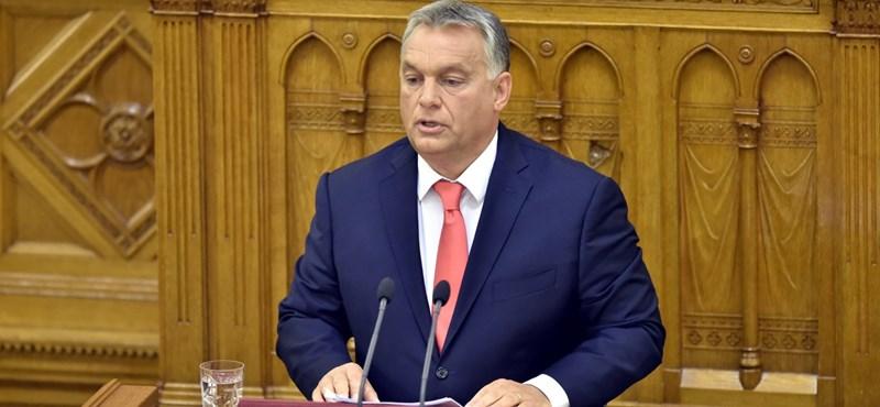 """Paul Lendvai: Orbán """"führeri demokráciát"""" épített ki Magyarországon"""
