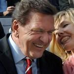 18 év után elválik feleségétől Gerhard Schröder