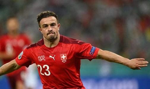 Svájc bepótolja a góllövést, Wales egyre nagyobb veszélyben - percről percre a torna utolsó csoportkörének első napjáról
