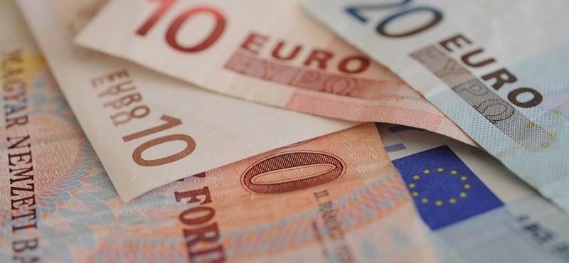 Csúnyán gyengül a forint, 333-nál jár az euróárfolyam