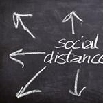 Kötelező maszkviselés, távolságtartás: így indul a tanév más országokban