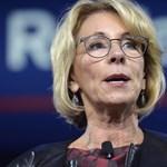 Újabb miniszter mondott le a Trump-kormányból