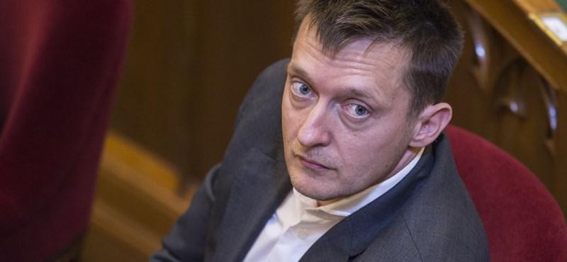 Rogán: A kormány továbbra is azt várja, hogy fizessen Brüsszel