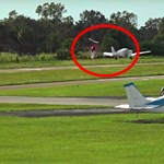 Közzétették a videót: csoda, hogy mindenki túlélte a repülő és helikopter ütközését