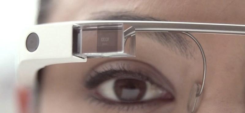 Kinyit a Google Glass bolt, de csak egyetlen napra