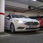 Magyar megoldás: szabad helyet keres magának, majd centire pontosan be is áll oda az autó