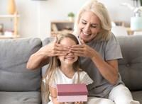 Szabad-e egy nagyinak kényeztetni az unokáját?