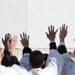 Ferenc pápa beiktatása: százezer embert áldott meg - Nagyítás-fotógaléria