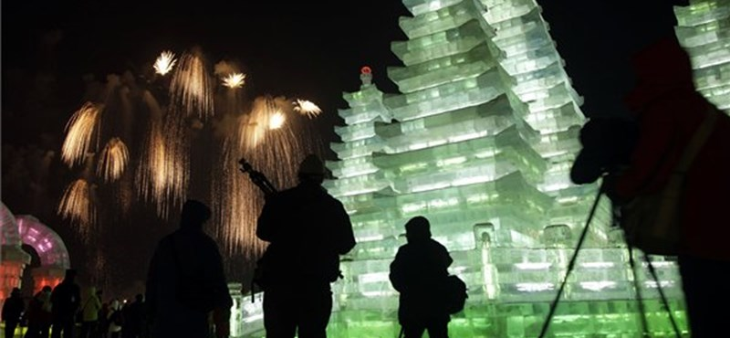 Jégből készült paloták -30 fokos hidegben (elképesztő fotók és videó)