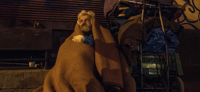 Itt a rendelet: így büntetik ősztől a hajléktalanokat