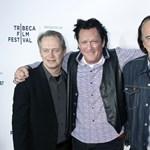 Tarantino elárult néhány titkot a Kuyaszorítóban premierjének 25. évfordulóján