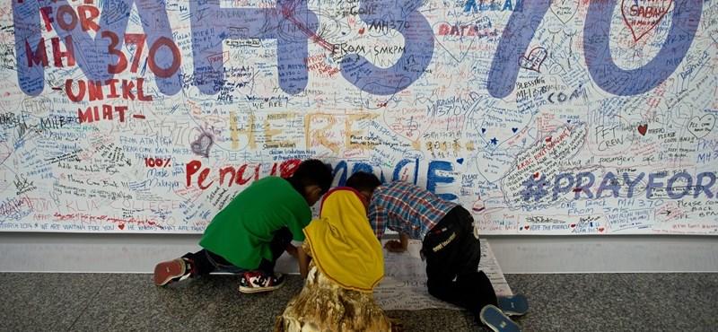 Eltűnt gép: jeleket észleltek az Indiai-óceánban