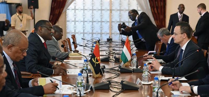 A kormány bevándorlásellenes politikájának köszönhetjük, hogy lemaradtunk egy afrikai üzletről