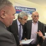 Belháború a takarékoknál: Demján embere csak engedéllyel nyilatkozhat