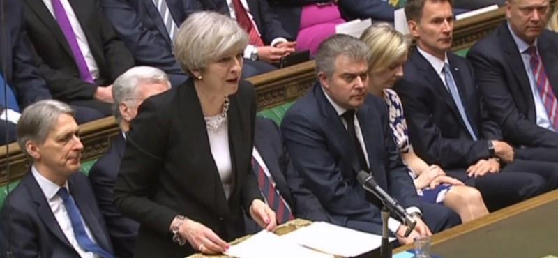 Brexit: fellázadt 12 tory, leszavazták a brit kormányt a parlamentben