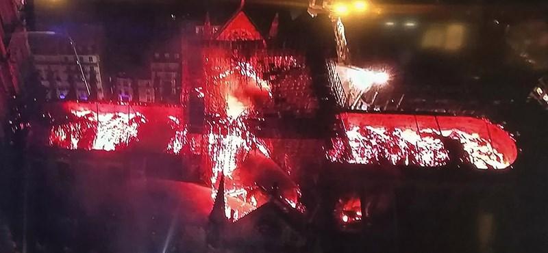 Két drón is besegített a Notre-Dame oltásába