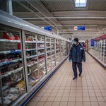 Egy magyar településen már csak maszkban lehet boltba menni