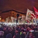 Tizenkét ponttal készül az ellenzék március 15-re