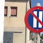 A nap kérdése: tudja, hogy mit jelent ez a közlekedési tábla?