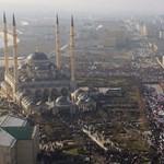 Kitalálja, melyik EU-tagállam fogadott be elsőként Csecsenföldön üldözött melegeket?