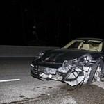 Részeg sofőr vágott taccsra egy 911-es Porschét - fotók